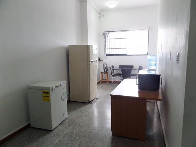 Negocios y Empresas Aragua>Maracay>Santa Rosa - Venta:0 Bolivares - codigo: 15-11520