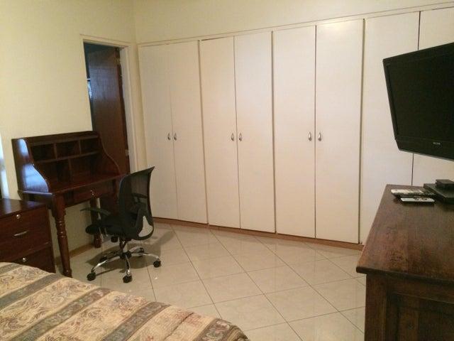 Apartamento Distrito Metropolitano>Caracas>Campo Alegre - Venta:250.000 Precio Referencial - codigo: 15-11730