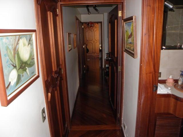 Apartamento Distrito Metropolitano>Caracas>Miranda - Venta:80.000 Precio Referencial - codigo: 15-11882