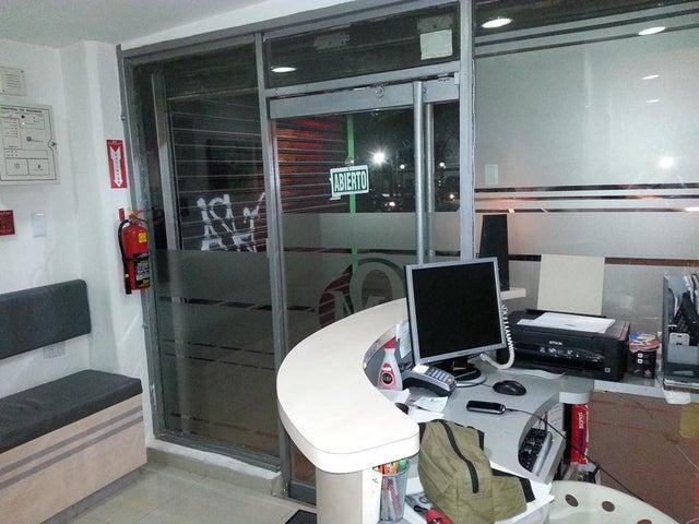 Negocios y Empresas Aragua>Maracay>El Bosque - Venta:18.321.770.000.000 Bolivares - codigo: 15-11815