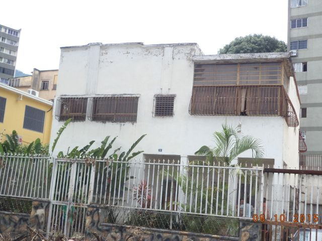 Casa Distrito Metropolitano>Caracas>Parroquia San Jose - Venta:158.789.000.000 Precio Referencial - codigo: 15-11868