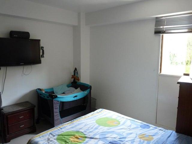 Apartamento Distrito Metropolitano>Caracas>La Boyera - Venta:28.198.000.000 Bolivares Fuertes - codigo: 15-11880