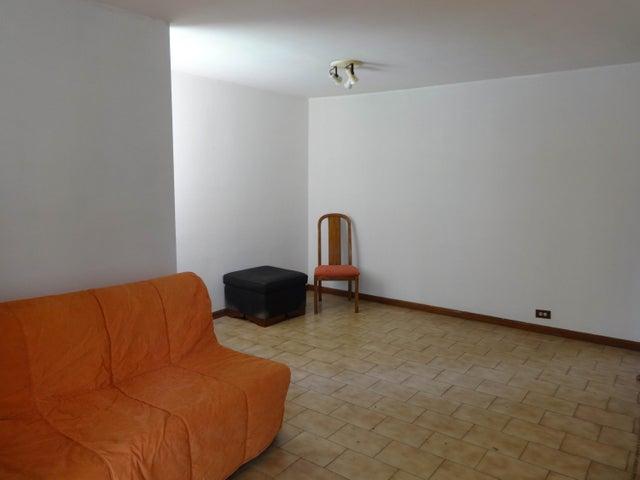 Apartamento Distrito Metropolitano>Caracas>El Marques - Venta:12.000.000.000 Bolivares Fuertes - codigo: 15-12010