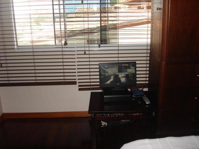 Casa Distrito Metropolitano>Caracas>Alto Prado - Venta:213.754.000.000 Precio Referencial - codigo: 15-11887