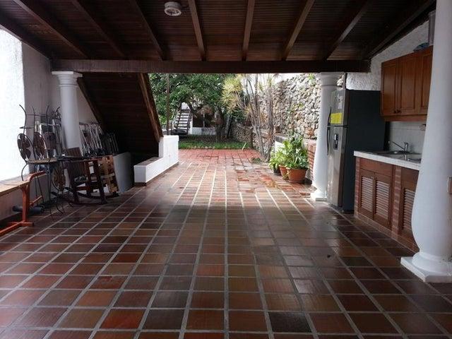 Casa Distrito Metropolitano>Caracas>Cumbres de Curumo - Venta:87.979.000.000 Bolivares - codigo: 15-12206
