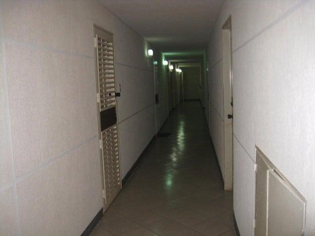 Apartamento Distrito Metropolitano>Caracas>Los Naranjos Humboldt - Venta:12.702.000.000 Bolivares Fuertes - codigo: 15-12202
