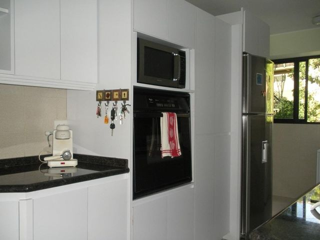 Apartamento Distrito Metropolitano>Caracas>Los Naranjos del Cafetal - Venta:49.652.000.000 Bolivares Fuertes - codigo: 15-12209