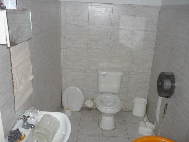 Local Comercial Carabobo>Valencia>Centro - Venta:134.360.000.000 Precio Referencial - codigo: 15-16637