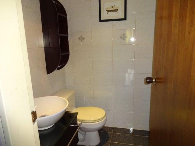 Apartamento Distrito Metropolitano>Caracas>Los Dos Caminos - Venta:52.053.000.000 Bolivares Fuertes - codigo: 15-12512