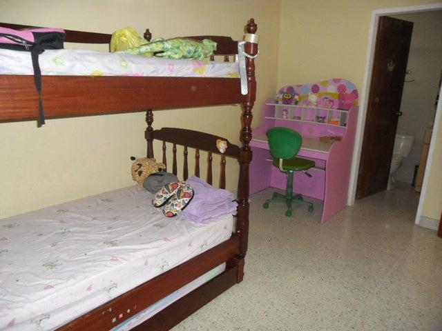 Casa Zulia>Maracaibo>Doral Norte - Venta:61.073.000.000 Precio Referencial - codigo: 15-12303
