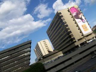 Local Comercial Distrito Metropolitano>Caracas>Chuao - Venta:8.506.692.000.000 Precio Referencial - codigo: 15-12330