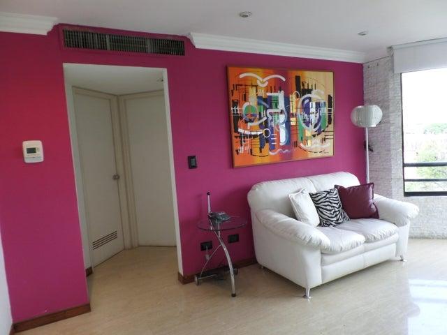 Apartamento Distrito Metropolitano>Caracas>El Rosal - Alquiler:1.000 US Dollar - codigo: 15-12360
