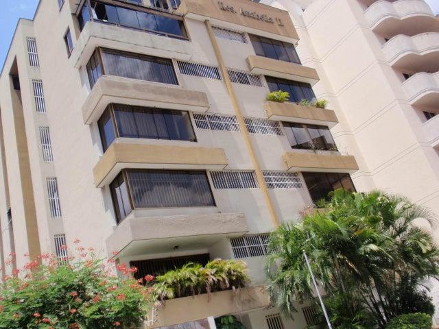 Apartamento Aragua>Maracay>La Soledad - Venta:210.000.000 Bolivares Fuertes - codigo: 15-12035