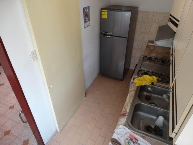 Apartamento Distrito Metropolitano>Caracas>Parroquia Santa Teresa - Venta:8.930.000.000 Bolivares Fuertes - codigo: 15-13177
