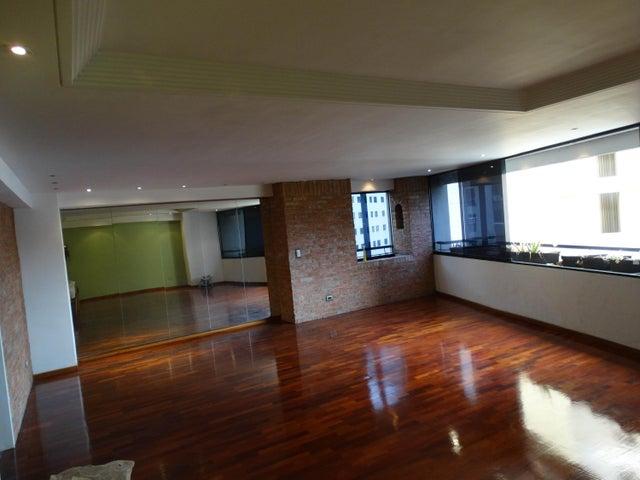 Apartamento Distrito Metropolitano>Caracas>Terrazas del Avila - Venta:94.538.000.000 Precio Referencial - codigo: 15-13178