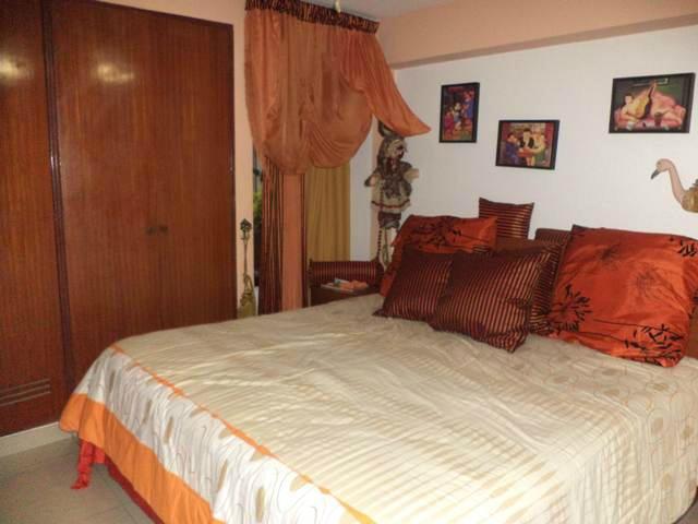 Apartamento Distrito Metropolitano>Caracas>Chacao - Venta:29.994.000.000 Bolivares Fuertes - codigo: 15-12480