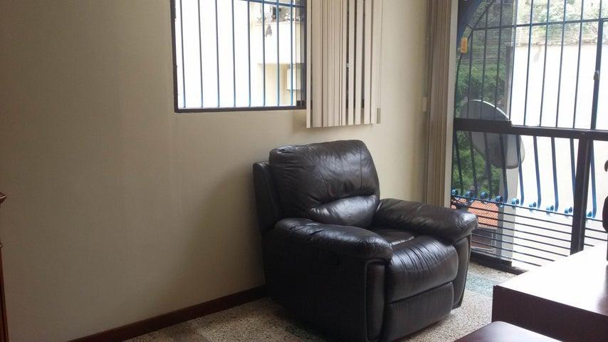 Apartamento Distrito Metropolitano>Caracas>Santa Monica - Venta:70.000 Precio Referencial - codigo: 15-12738