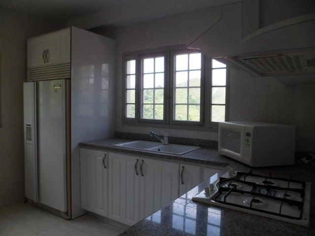 Apartamento Miranda>San Antonio de los Altos>Las Salias - Venta:244.290.000.000  - codigo: 15-12760