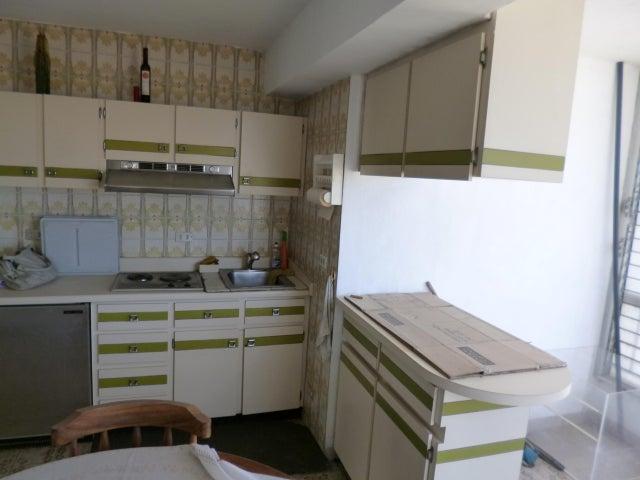 Apartamento Vargas>Parroquia Caraballeda>Los Corales - Venta:3.400.000.000 Precio Referencial - codigo: 15-12773