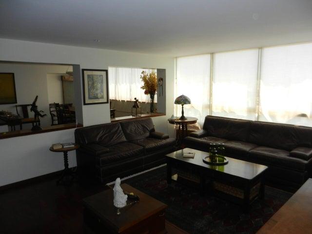 Apartamento Distrito Metropolitano>Caracas>Chulavista - Venta:280.000 Precio Referencial - codigo: 15-5653