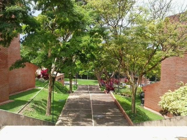 Apartamento Carabobo>Valencia>Trigal Norte - Venta:26.332.000.000 Precio Referencial - codigo: 15-12892