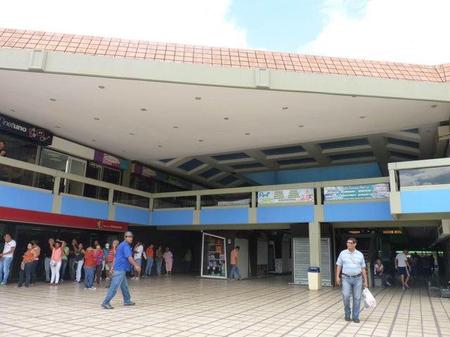 Local Comercial Aragua>Maracay>Urbanizacion El Centro - Venta:6.000.000 Bolivares - codigo: 15-13004