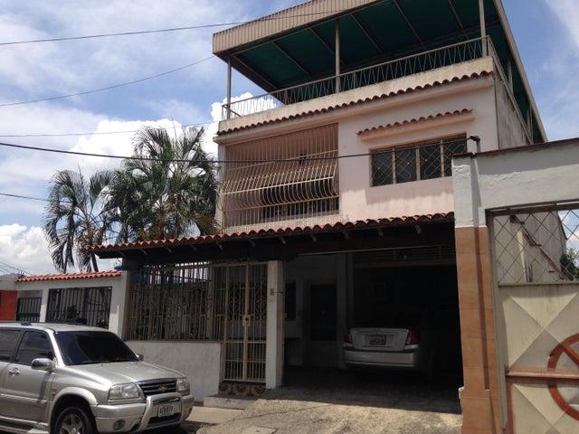 Casa Miranda>Guatire>Guatire - Venta:85.502.000.000 Precio Referencial - codigo: 15-13055