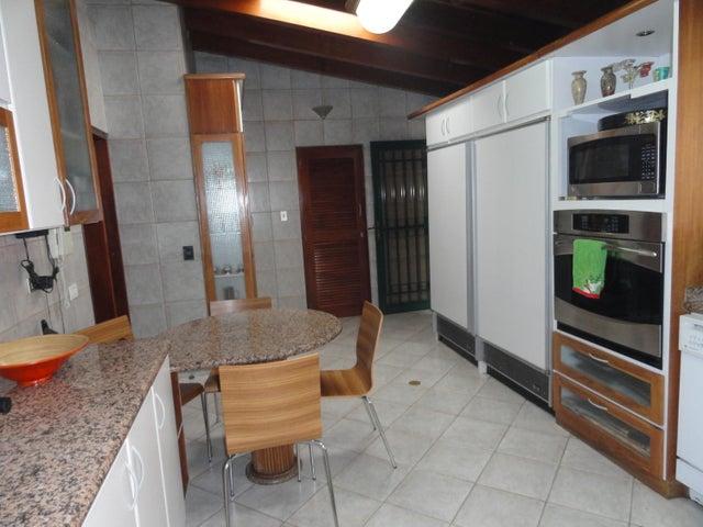 Casa Distrito Metropolitano>Caracas>Alto Hatillo - Venta:354.221.000.000 Precio Referencial - codigo: 15-13067