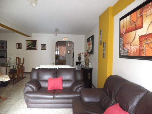 Apartamento Distrito Metropolitano>Caracas>Chacao - Venta:72.347.000.000 Precio Referencial - codigo: 15-13186