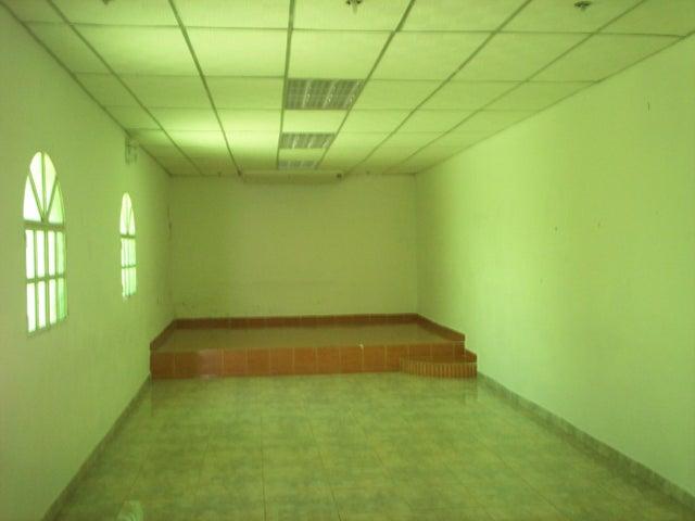 Local Comercial Aragua>El Consejo>La Zona Centro - Venta:9.389.000.000 Precio Referencial - codigo: 15-16728