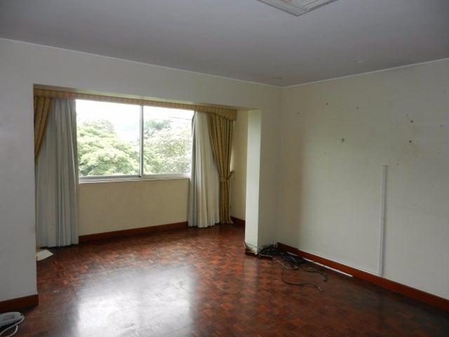 Casa Distrito Metropolitano>Caracas>Las Mercedes - Venta:10.000.000.000 Bolivares - codigo: 15-13172