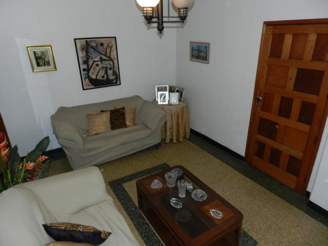 Apartamento Distrito Metropolitano>Caracas>Bello Monte - Venta:55.000 Precio Referencial - codigo: 15-13291