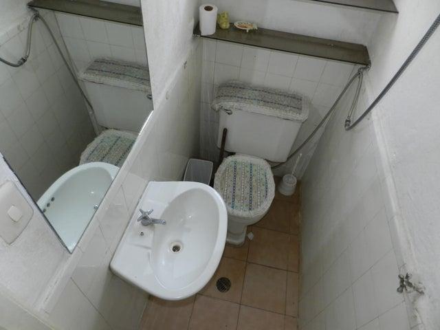 Apartamento Distrito Metropolitano>Caracas>Bello Monte - Venta:12.800.000.000 Bolivares Fuertes - codigo: 15-13291
