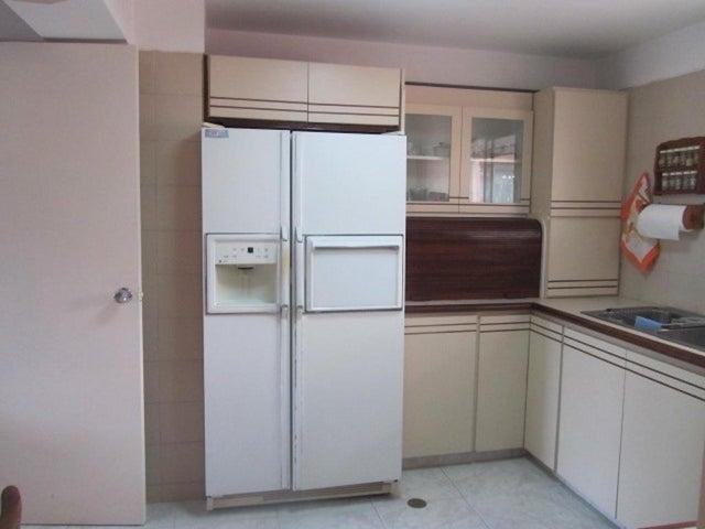 Apartamento Distrito Metropolitano>Caracas>Colinas de Bello Monte - Venta:61.073.000.000 Precio Referencial - codigo: 15-13238