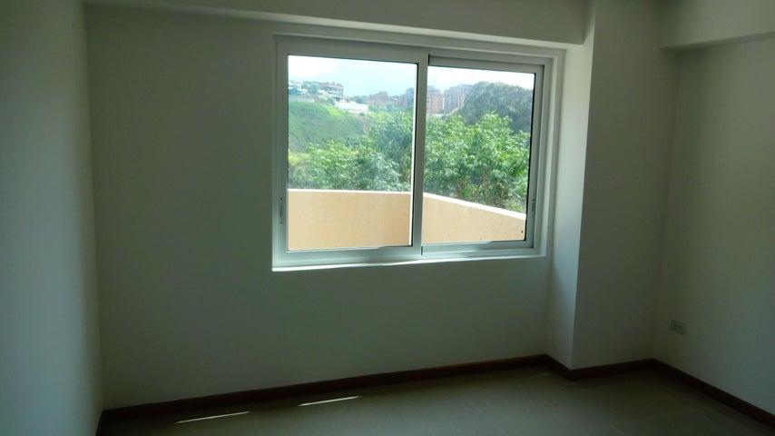 Apartamento Distrito Metropolitano>Caracas>La Bonita - Venta:39.139.000.000 Bolivares Fuertes - codigo: 15-13264
