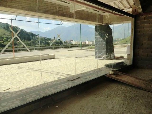 Local Comercial Distrito Metropolitano>Caracas>Los Naranjos del Cafetal - Venta:2.148.124.000 Precio Referencial - codigo: 15-13424