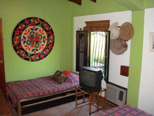 Townhouse Miranda>Higuerote>Santa Isabel Sotillo - Venta:12.000 Precio Referencial - codigo: 15-13296