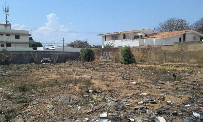 Terreno Zulia>Maracaibo>Monte Bello - Venta:70.844.000.000 Precio Referencial - codigo: 15-12002