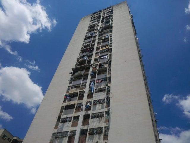 Apartamento Distrito Metropolitano>Caracas>San Martin - Venta:585.000.000 Bolivares Fuertes - codigo: 15-13375