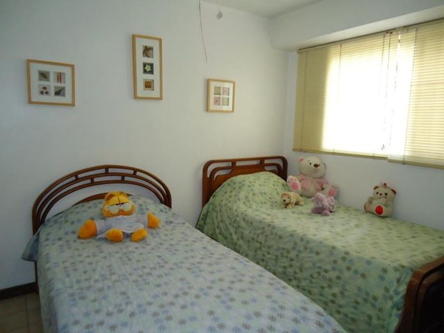 Apartamento Distrito Metropolitano>Caracas>El Rosal - Venta:52.053.000.000 Bolivares Fuertes - codigo: 15-13708