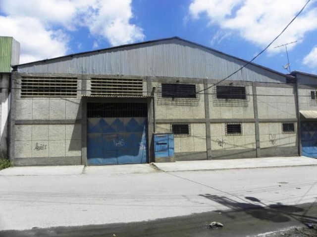 Galpon - Deposito Distrito Metropolitano>Caracas>Boleita Sur - Venta:1.903.863.000.000 Precio Referencial - codigo: 15-13591