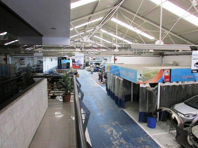 Galpon - Deposito Distrito Metropolitano>Caracas>Boleita Sur - Venta:576.816.000.000 Bolivares Fuertes - codigo: 15-13591