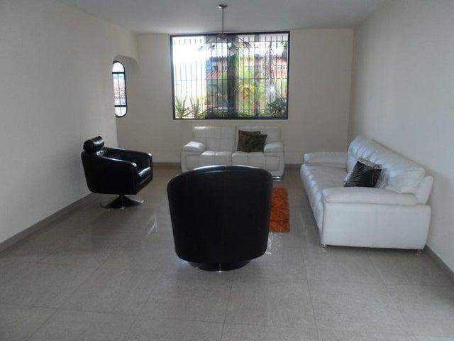 Casa Distrito Metropolitano>Caracas>Los Naranjos del Cafetal - Venta:69.282.000.000 Bolivares - codigo: 15-13634