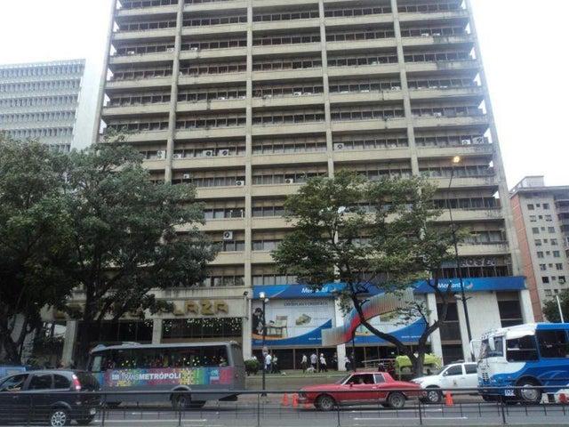 Oficina Distrito Metropolitano>Caracas>Los Palos Grandes - Venta:592.439.000.000 Precio Referencial - codigo: 15-13732