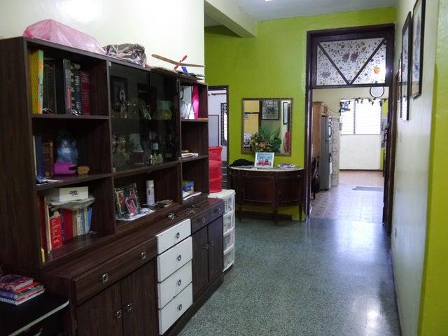 Casa Lara>Barquisimeto>Parroquia Catedral - Venta:27.687.000.000 Bolivares Fuertes - codigo: 15-13774