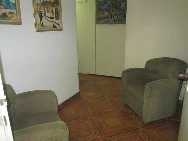 Oficina Distrito Metropolitano>Caracas>Centro - Venta:26.557.000.000 Precio Referencial - codigo: 15-13811