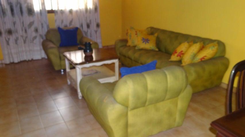 Casa Distrito Metropolitano>Caracas>Campo Claro - Venta:152.681.000.000 Precio Referencial - codigo: 15-13862