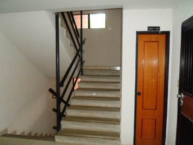 Apartamento Distrito Metropolitano>Caracas>Parque Caiza - Venta:10.821.000.000 Bolivares Fuertes - codigo: 15-14619