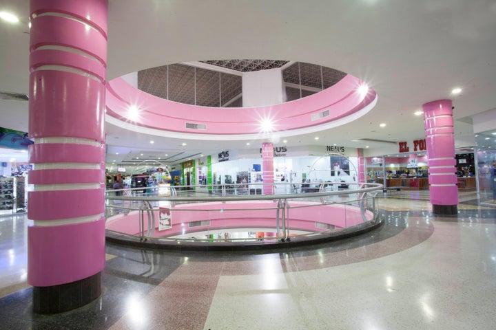 Local Comercial Portuguesa>Acarigua>Centro - Alquiler:657.000.000 Precio Referencial - codigo: 15-13923