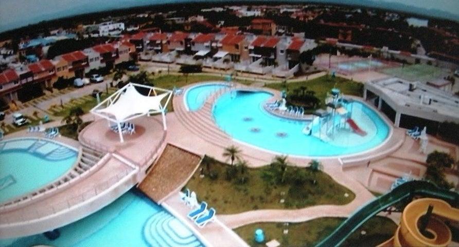 Townhouse Miranda>Higuerote>Puerto Encantado - Venta:244.290.000.000 Precio Referencial - codigo: 15-13951